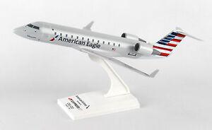 SkyMarks-American-Eagle-ExpressJet-Airlines-Bombardier-CRJ200-SKR865-1-100-New