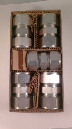Tube OD Union Lot of 5 Carbon Steel Swagelok Tube Fitting 1 in