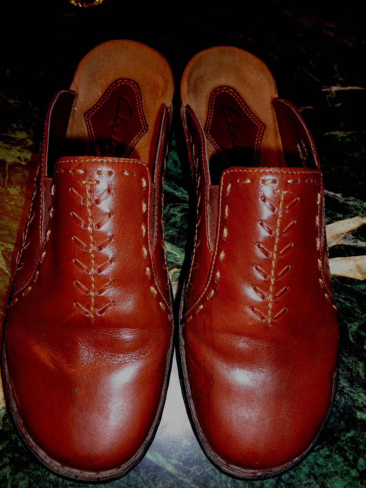CLARKS brown leather mules with design 8M condition from Brazil in excellent condition 8M 820614