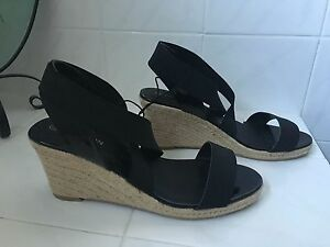 Ladies-Shoes-Size-11
