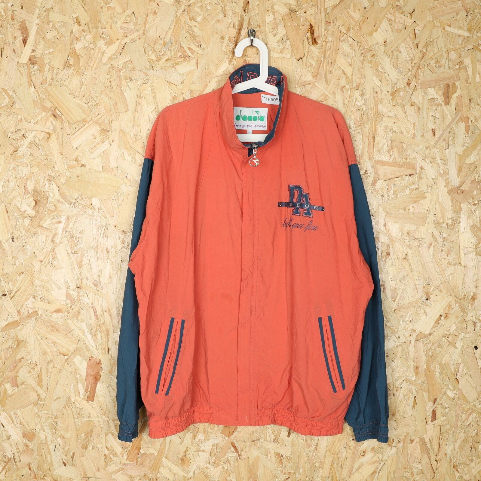 90s DIADORA Small Logo Windbreaker Jacket Orange | XL