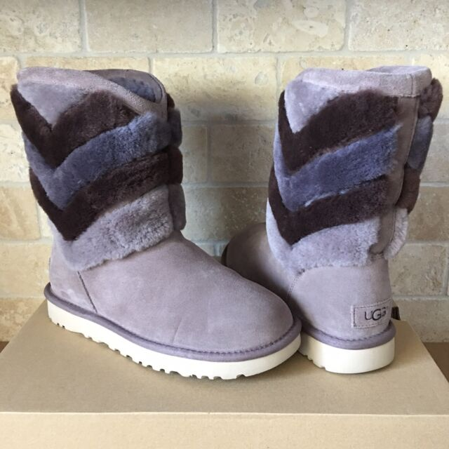 72b2dc7922f UGG Tania Stormy Grey Suede Sheepskin Cuff Short Winter Boots Size US 7  Womens