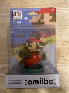 30th Anniversary Classic 8 Bit Mario AMIIBO NEW (US VERSION) IN HAND WII U & 3DS