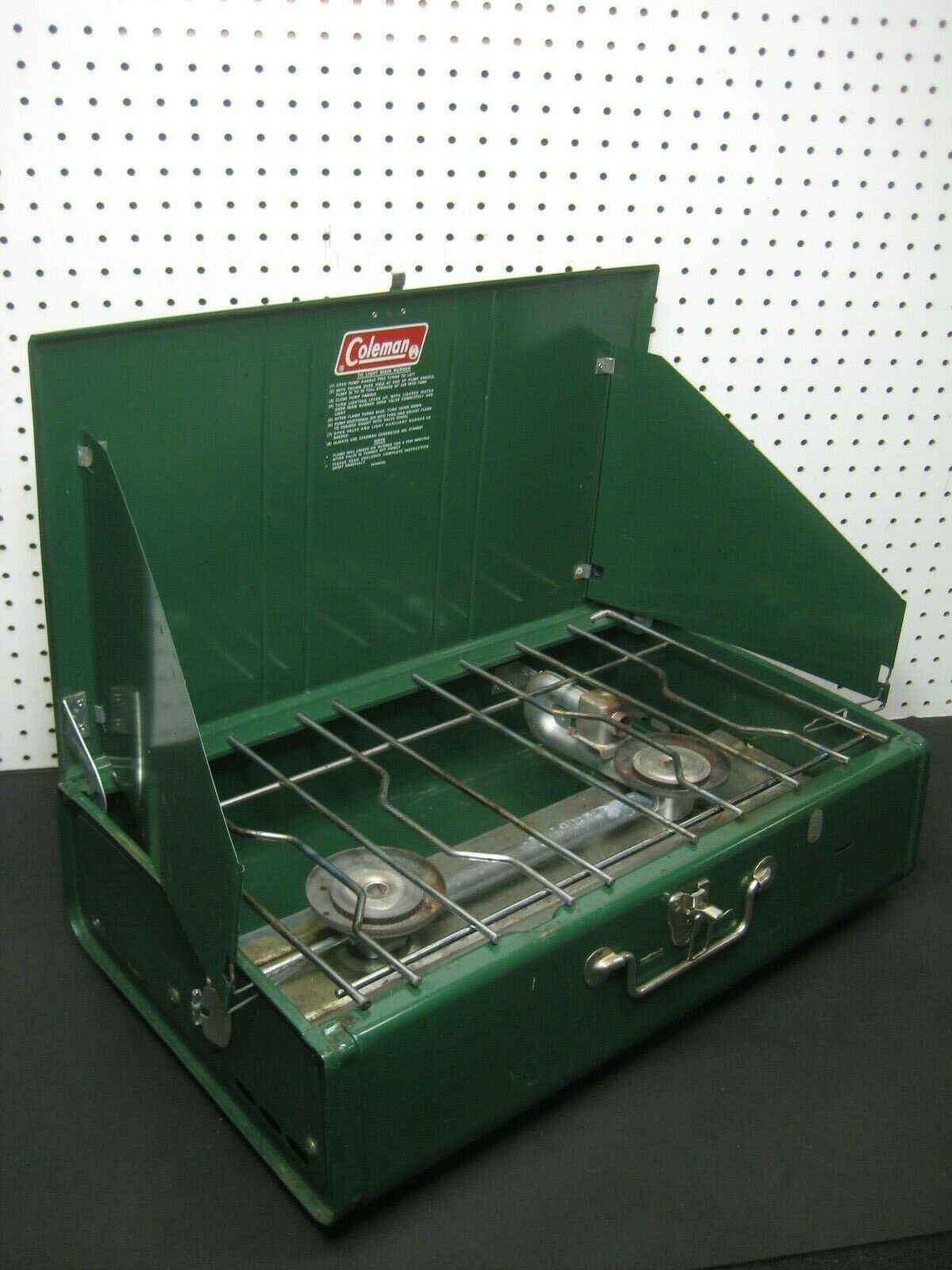 Vintage 1980 Coleman  413G Large Double Burner Stove Mfg. Date 3   79 - USA READ  leisure