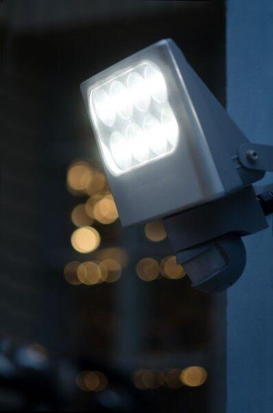 Spot extérieur à LED Détecteur Lampe murale de jardin Projecteur 8 x3 W 35274