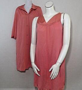 Vintage-70s-Vanity-Fair-M-Salmon-Pink-Satin-Nylon-Nightgown-Robe-Peignoir-Set