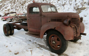 1947 Fargo 2 ton truck cab & chassis