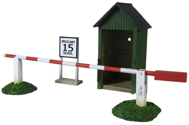W. Britain WW II Air Base Sentry Box & Gate - 3 Piece Set