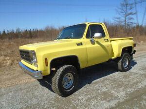 1977 Chevrolet C/K 1500 Custom Deluxe