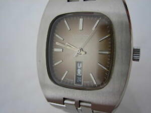 NOS-NEW-SWISS-VINTAGE-STAINLESS-STEEL-BIG-AUTO-DATE-WATER-RESIST-LANCO-WATCH-60-039