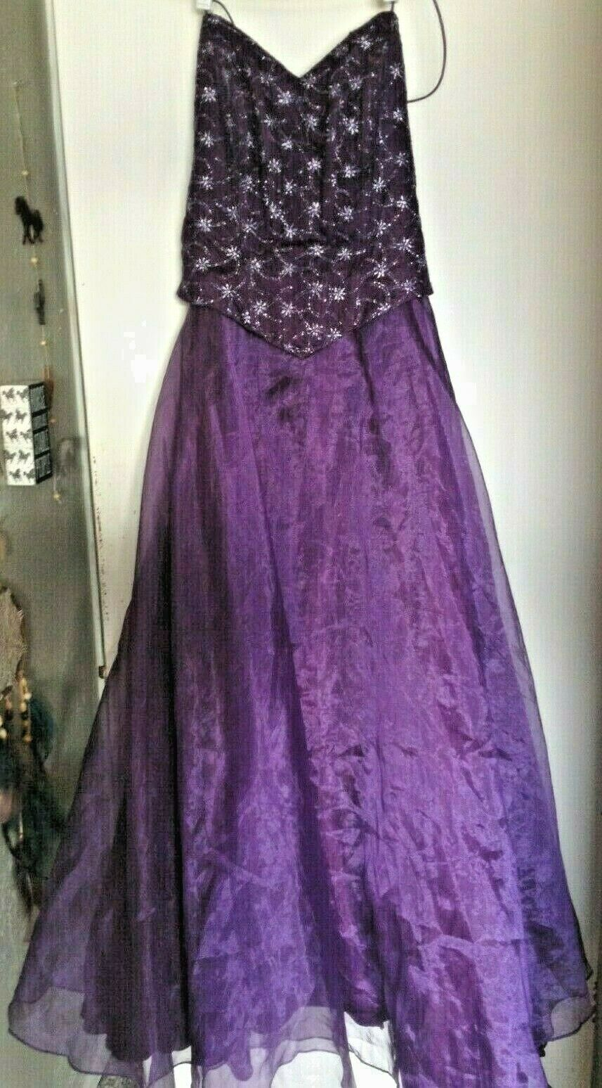 USA-Made Purple Long Prom Dress Evening Gown Shoulder-Free Lace-Up Back SZ M/L