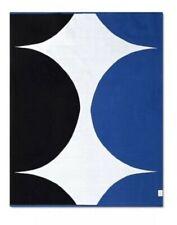 "Marimekko for Target 60/""x50/"" Throw Blanket White//Black"