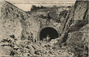 CPA St-Jean d'Angély - SAINTES; Entrée du Tunnel Jérusalem (47574)
