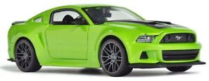Maisto-1-24-2014-Ford-Mustang-Street-Racer-Diecast-Model-Racing-Car-Toy-Green