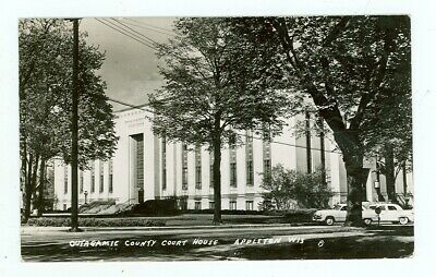 Vintage Linen Postcard Outagamie County Court House Appleton Wisconsin 1945