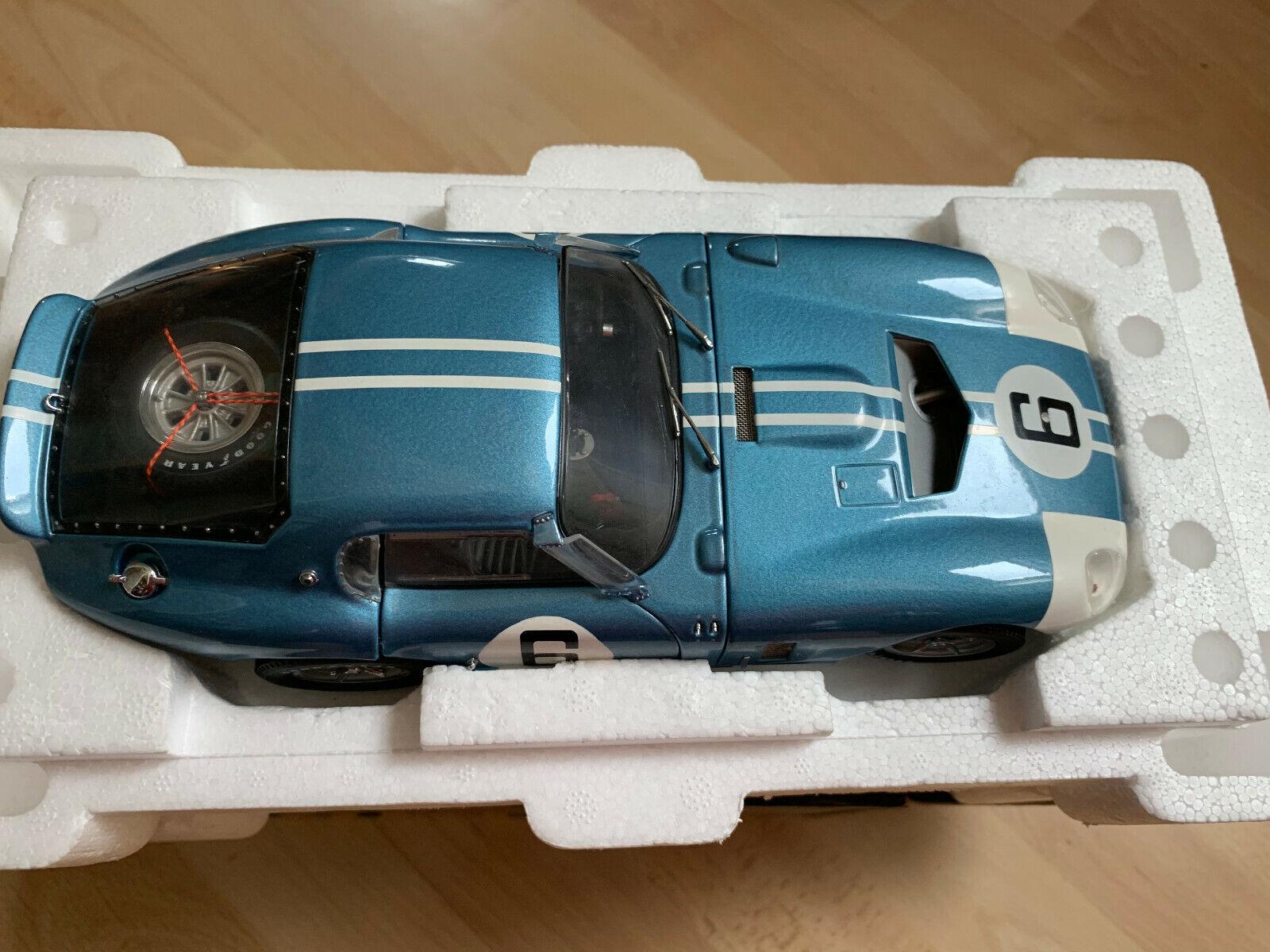 Exoto  - 1 18e - Cobra Daytona Coupé H du Mans 1964- RLG18002