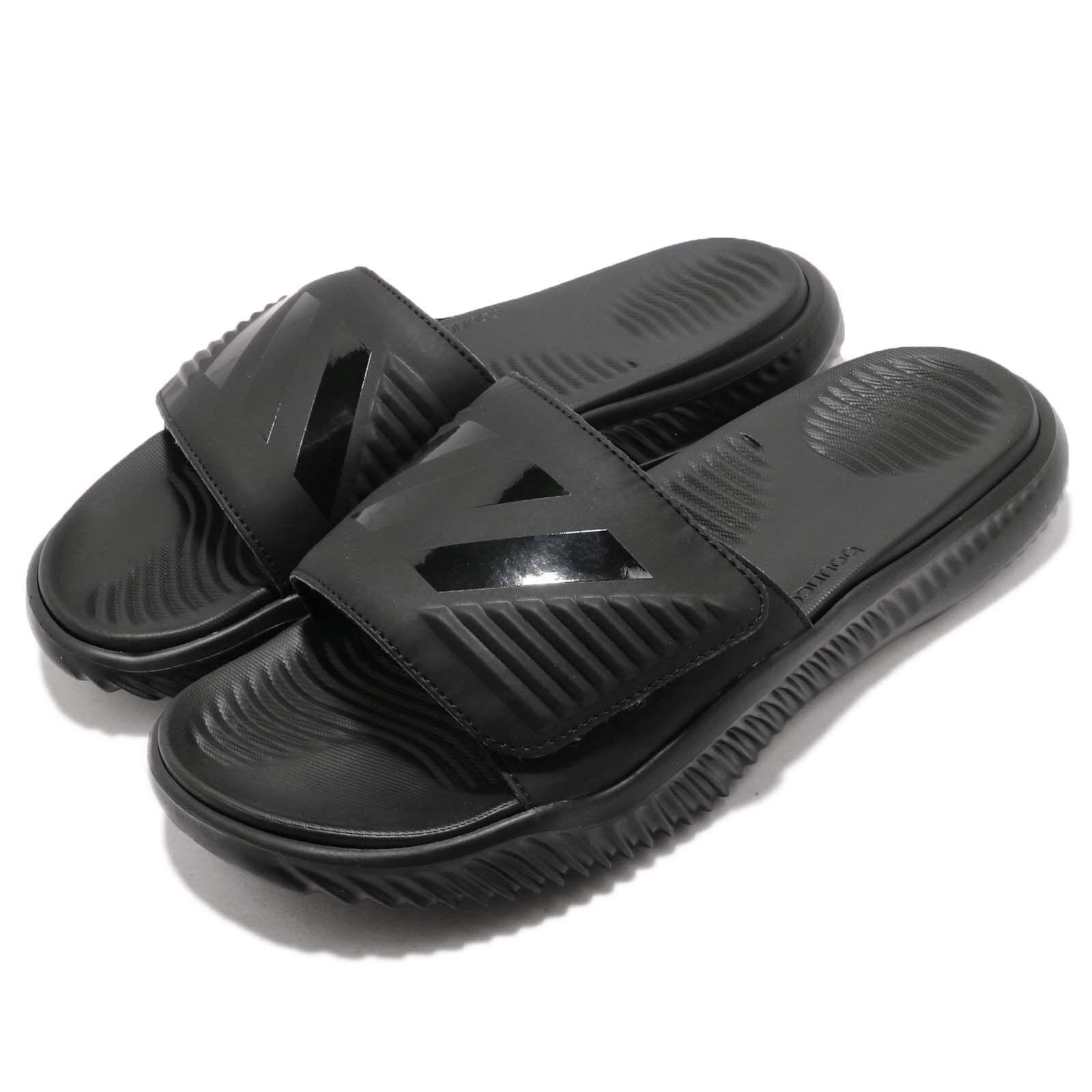 Adidas AlphaBounce Slide Triple nero Men  Sports Sandals Panthers B41720  sconti e altro