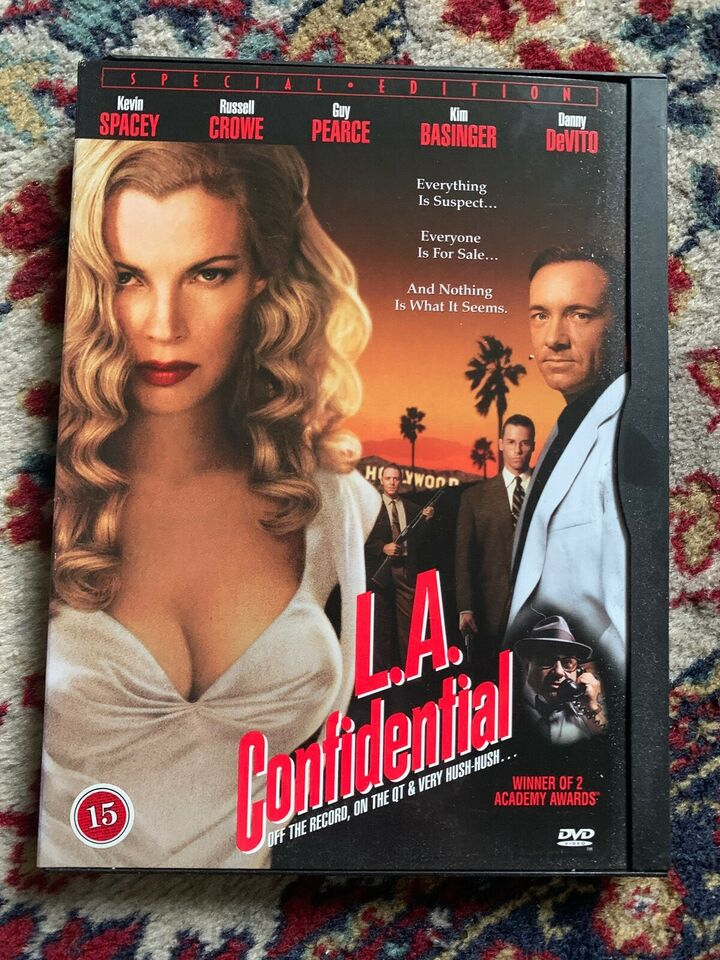 L.A. CONFIDENTIAL, instruktør Curtis Hanson, DVD