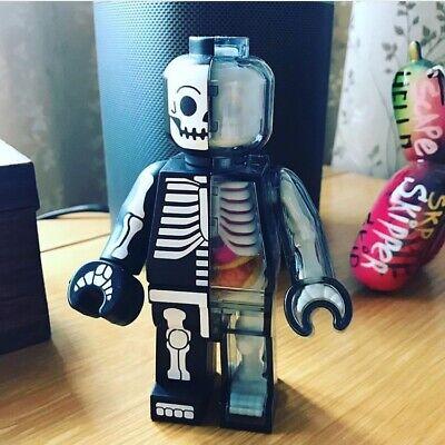4D Master Jason Freeny Dissected Christmas Brick Man 15PCS Designer Toy Figurine