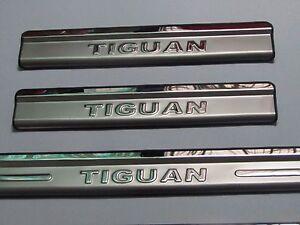Nuevo-Volkswagen-Tiguan-Alfeizar-de-la-puerta-de-acero-inoxidable-guardias-de-placa-de-desgaste