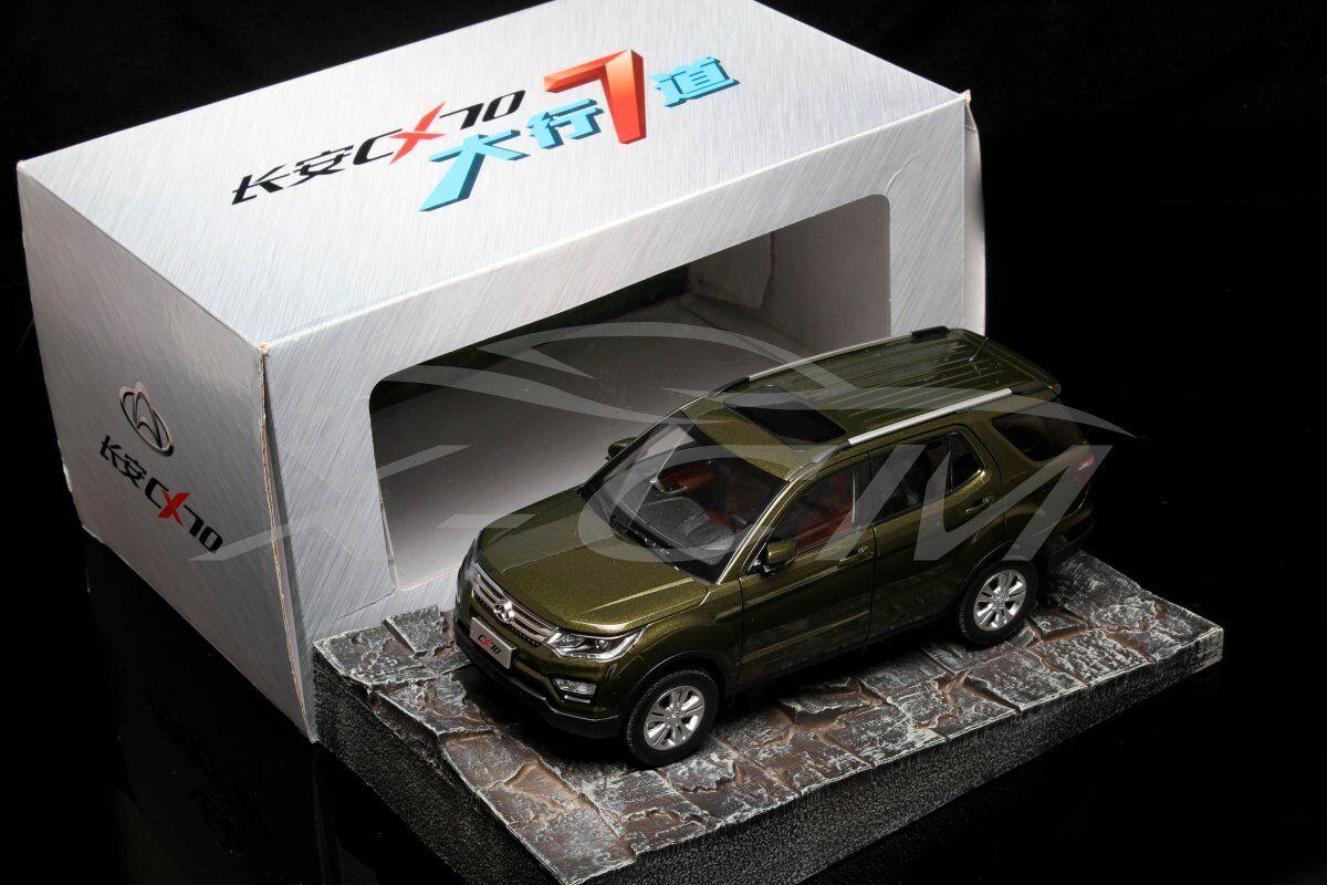 Diecast Car Model Changan CX70 7 sièges SUV 1 18 (vert) + eau