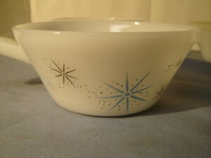 4 Vintage Mid Century Modern Fire King Atomic Stars Pattern Handled Soup Bowls