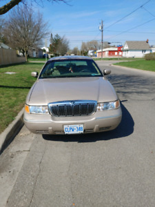 1998 Ford Grand Marquis