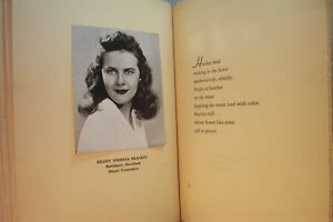OLD-BOOK-YEARBOOK-DAMOZEL-1944-COLLEGE-OF-NOTRE-DAME-OF-MARYLAND-GIRLS-SCHOOL