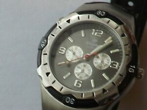 a vintage gents stainless steel cased dunlop chrono style watch