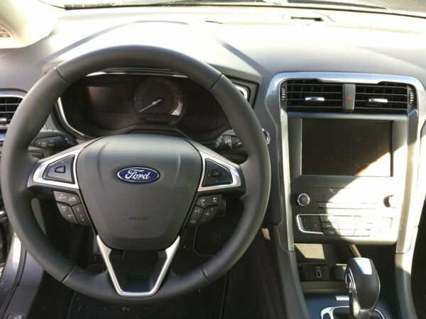 Ford Mondeo 2,0 HEV Titanium stc. CVT billede 11
