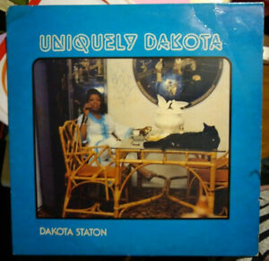 Uniquely-Dakota-Staton-signed-autographed-LP-by-Staton-amp-probably-Lady-Jean