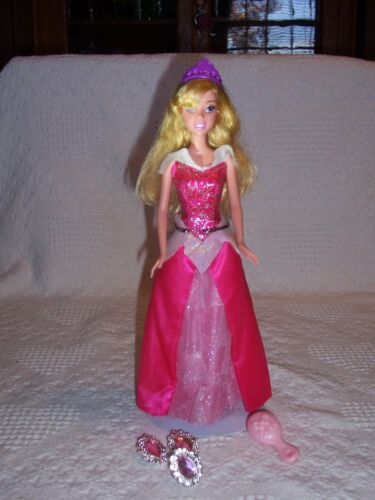 076MattelDisneySparkling Princess AURORASLEEPING BEAUTY2010Child Bonus Gift