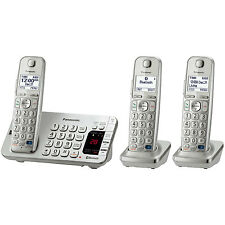 Panasonic Link2Cell Bluetooth Enabled Phone w/Answer 3 Handset + Keypad on Base