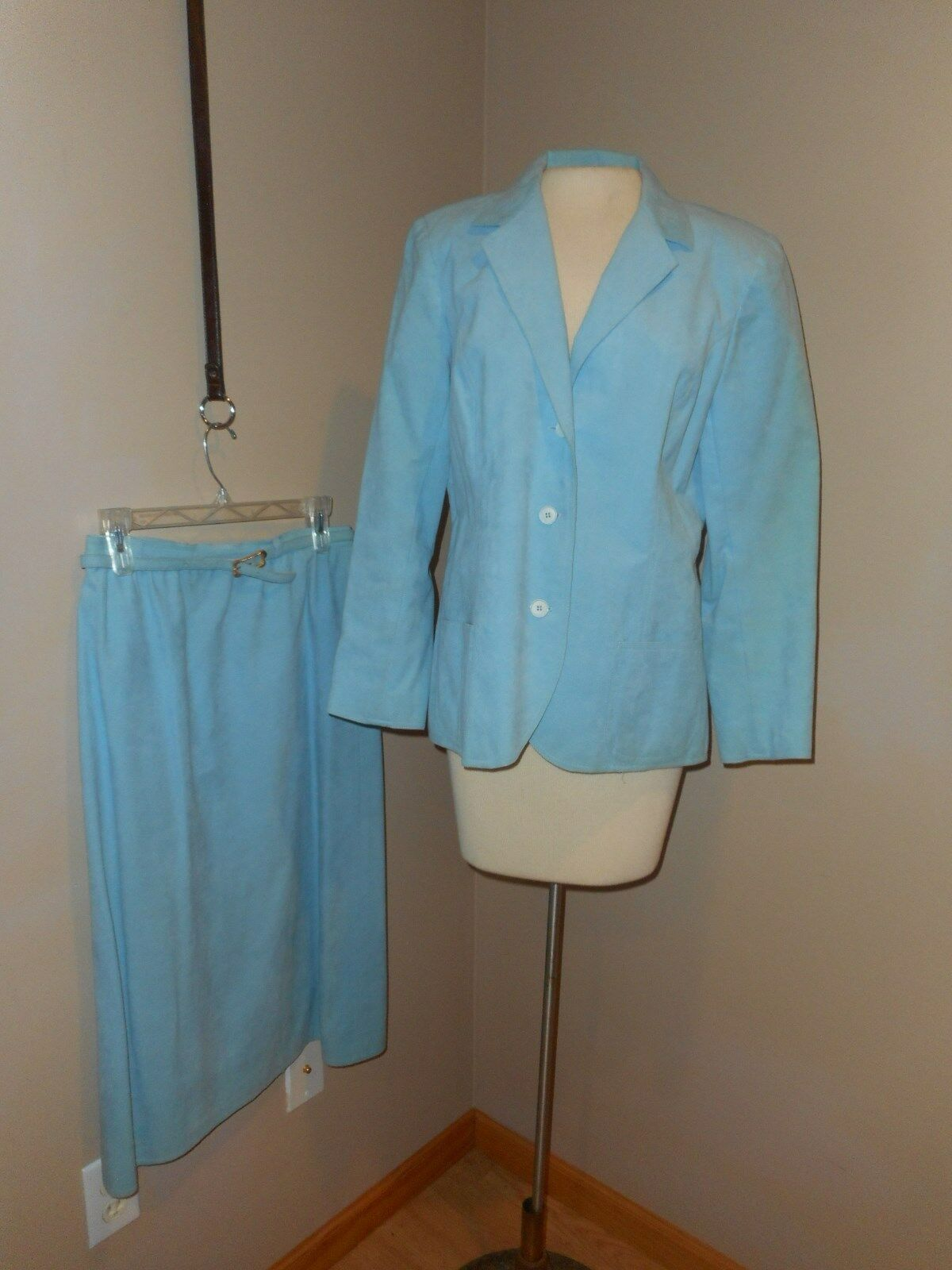 Vintage Nat Kaplan Couture 2 pc skirt Suit bluee Ultra Suede Union made USA sz 12
