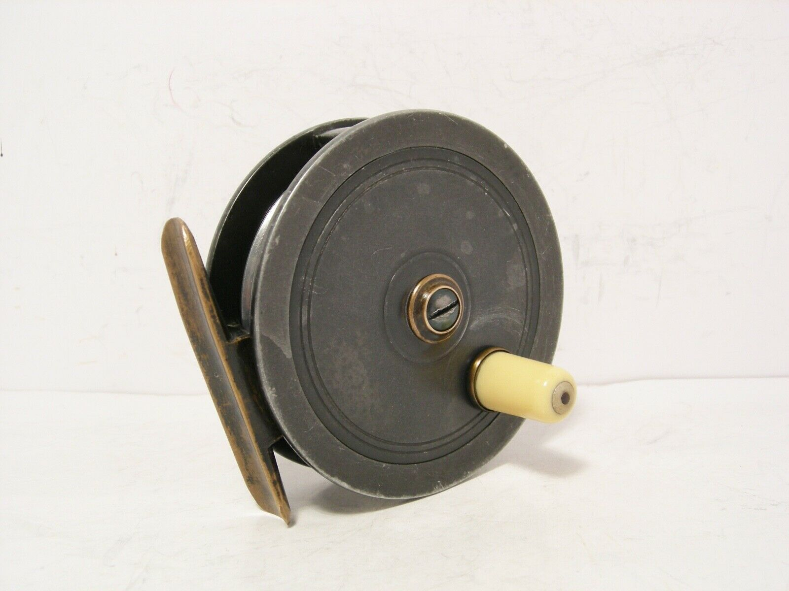 Vintage Antique Brass 3 1 2  Malloch Alloy Fly Fishing Reel