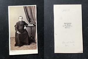 De-Jongh-Marseille-Pretre-en-pose-circa-1860-vintage-cdv-albumen-print