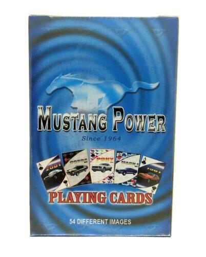 Ford Mustang jugando a las cartas