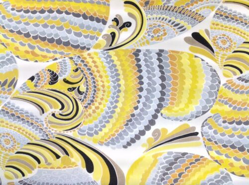 Trina Turk for Schumacher Pisces Print Indoor Outdoor Fabric in Driftwood