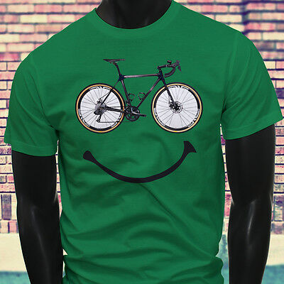 Cycling LOVE Bicycle Athletic Sports Bike Happy Race Bicycle Mens Green T-Shirt