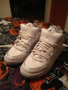 size 40 1f616 96f26 Image is loading Air-Jordan-Bambini-Air-Jordan-Courtside-White-Crystal-