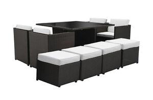 Tavolo pranzo sedie rattan nero poltrone divano