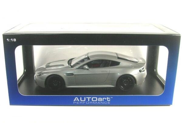 Aston Martin V12 Vantage S (Meteorite Argento) 2015