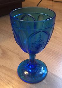 Vintage-Fenton-Red-Cliff-Aqua-Blue-Glass-Grape-Water-Wine-Goblet-Pressed-Glass
