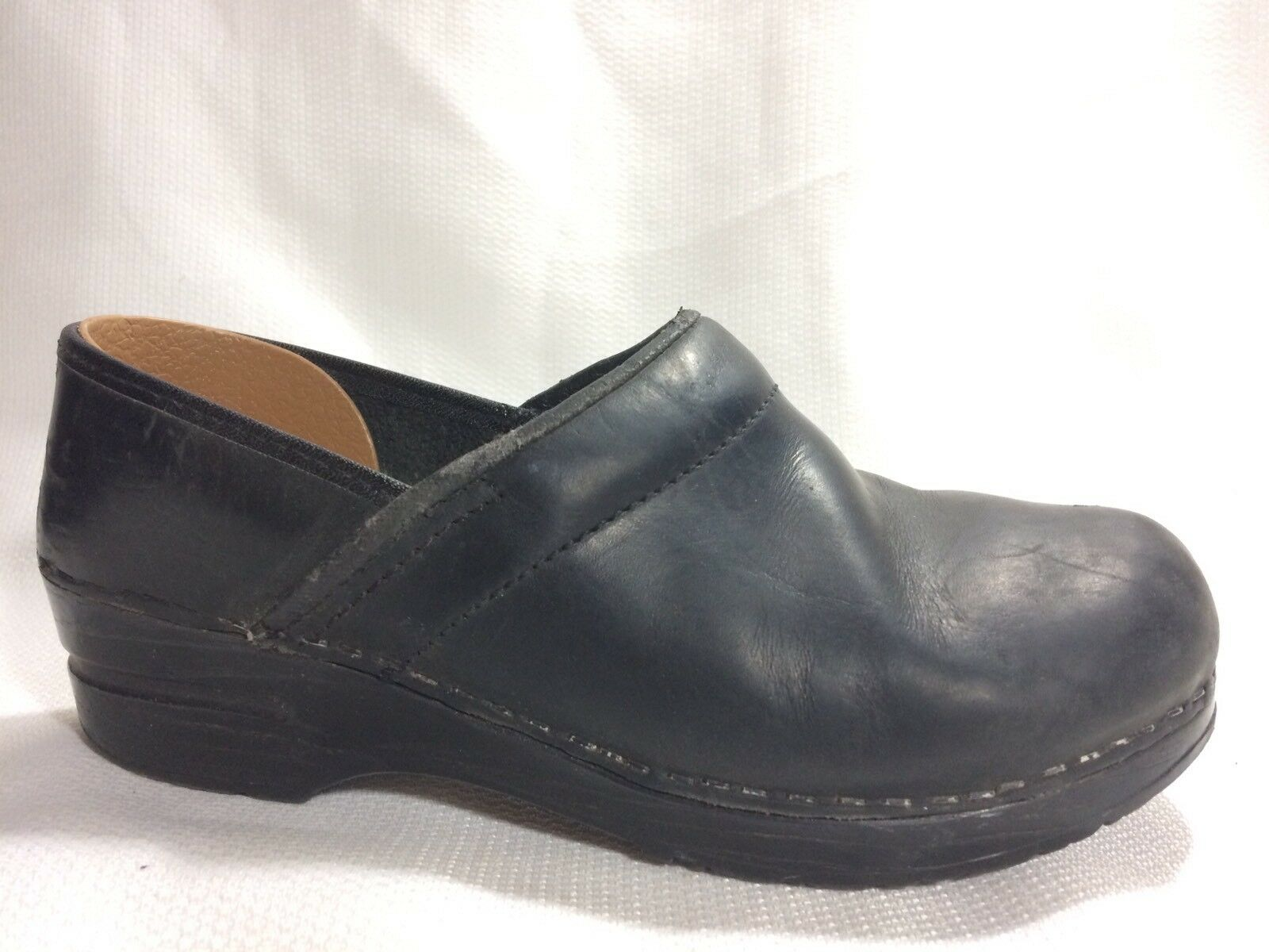 DANSKO Womens 6.5 -7 M Clog Slip On Leather Nurse Shoe Work Sanita Comfort
