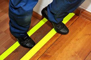 NASTRO ADESIVO ANTISCIVOLO SLIP RUVIDO PER SCALE 25 mm x 6 metri GIALLO FLUO