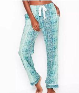 0f499e2fdff94 Details about New Victorias Secret Pajamas PJ Flannel Pants Turquoise  Snakeskin SMALL S SHORT