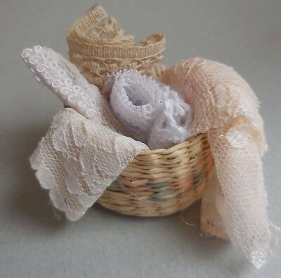 DOLLHOUSE MINIATURE ~  LACE  FILLED ROUND BASKET ~ HANDMADE