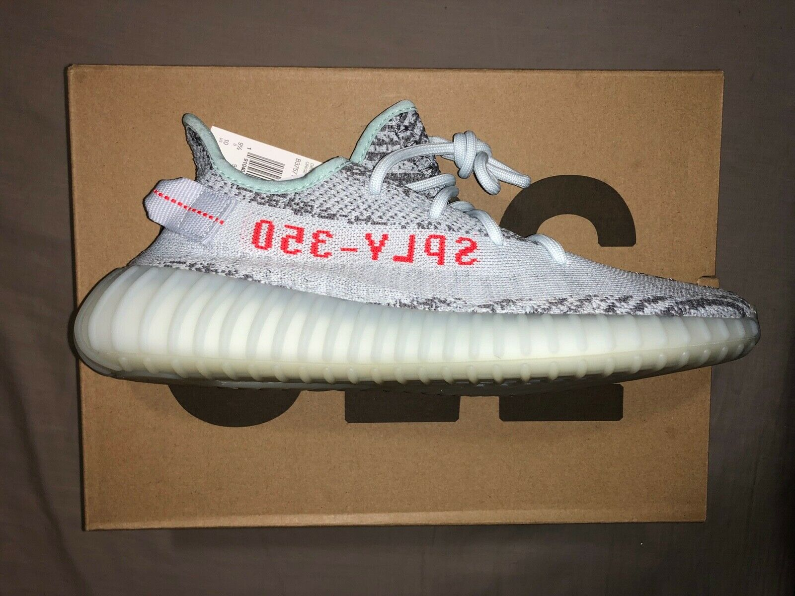 Adidas YEEZY Boost 350 V2 bluee Tint Grey Red SIZE 10 B37571 SPLY DEADSTOCK BOGO