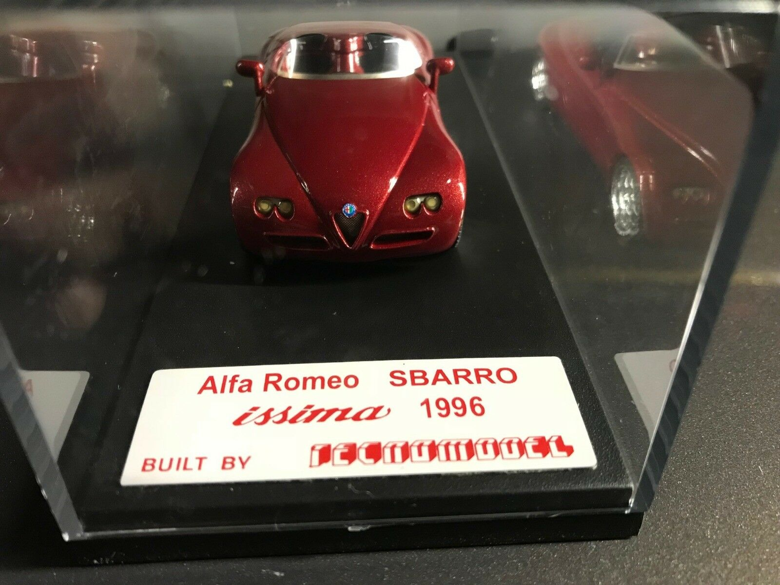 Alfa Romeo Sbarro Issima Tecnomodel