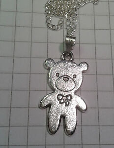 TIBETAN-SILVER-034-SOLID-TEDDY-BEAR-ON-18-034-SILVER-PLATED-CHAIN-NECKLACE